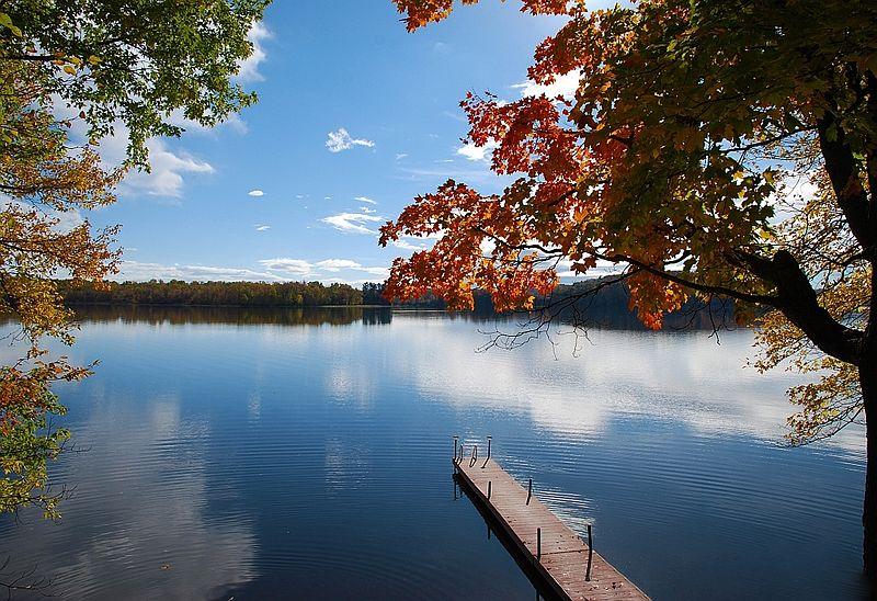 800px-3_mile_lake